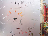 Шкаф-купе с декоративным узорчатым стеклом